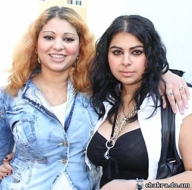 Елена и её сестра